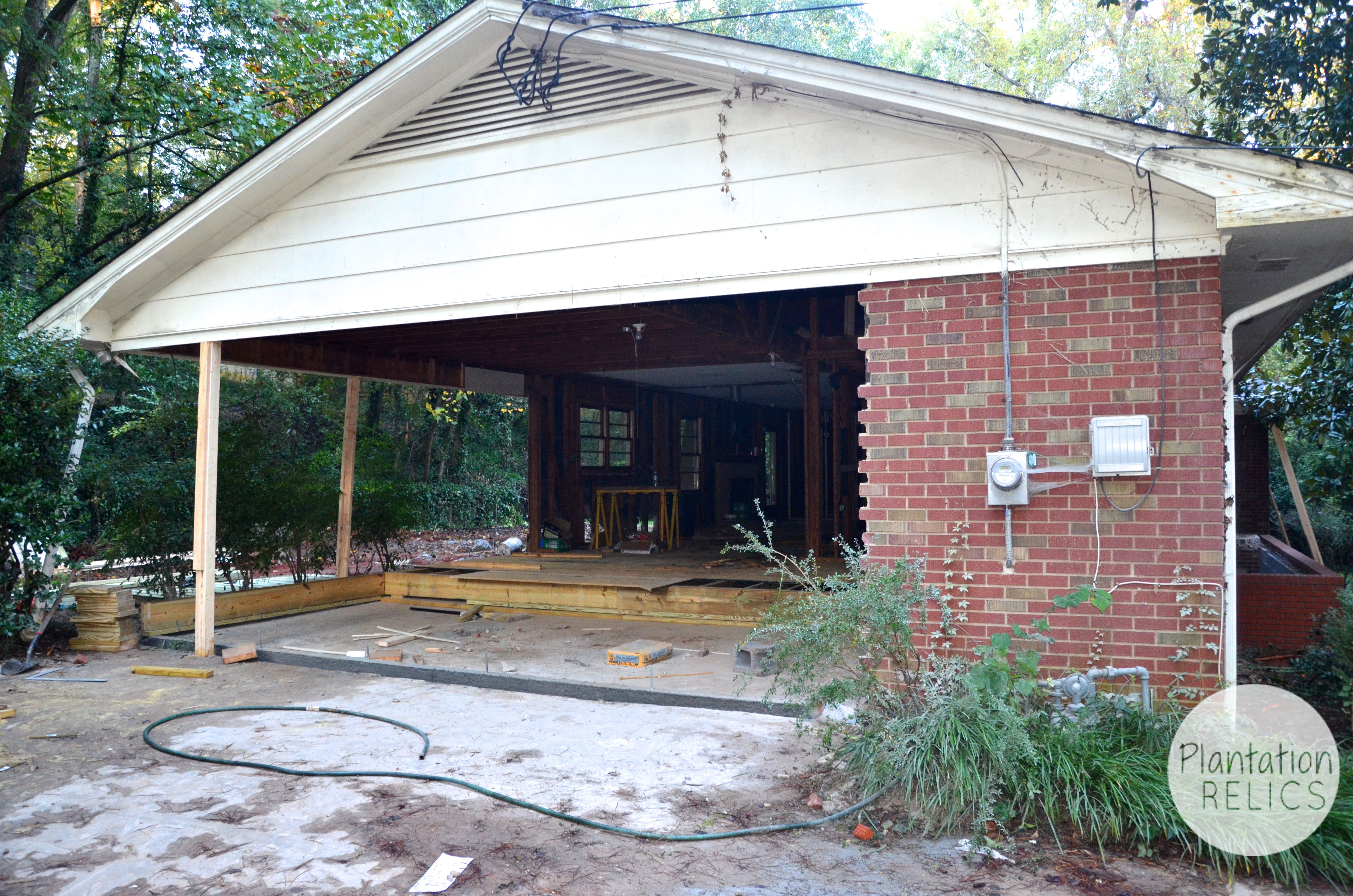 Turning a carport into bedrooms plantation relics for Brick carport designs