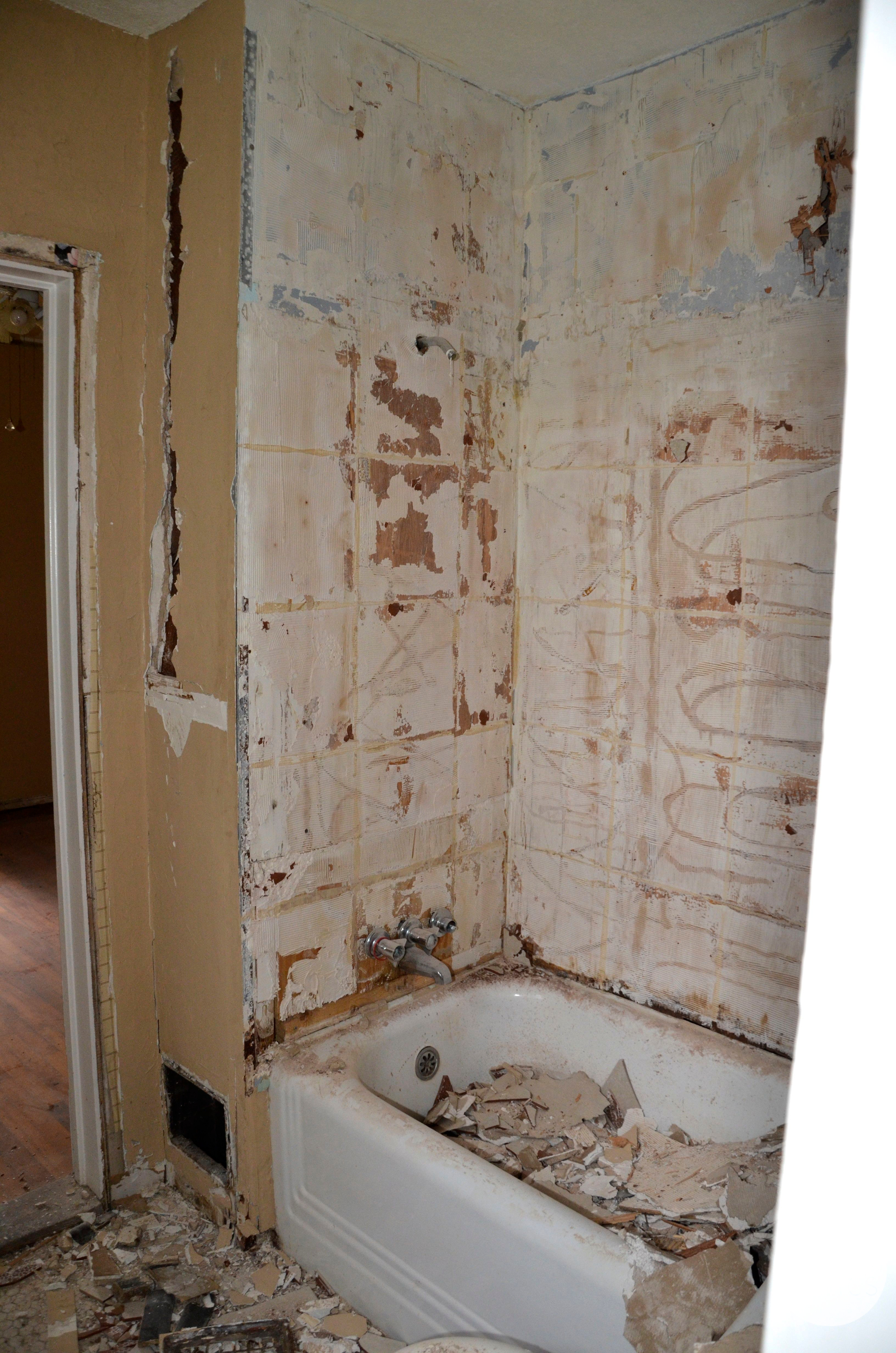 Crazy Old Houses! What We Found During Demo of the Bathroom