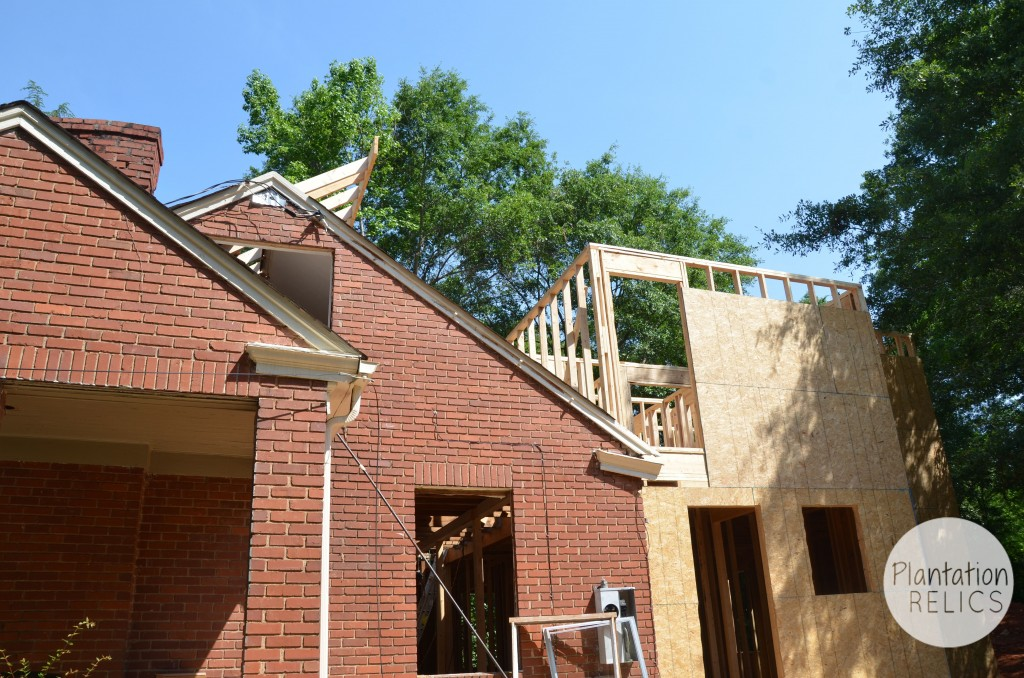 Exterior Roof Extension from side flip